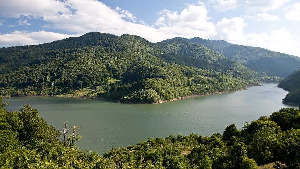 Lacul Siriu - Obiective turistice Buza