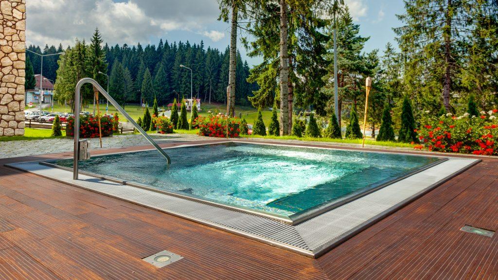 Hot Tub Hotel Sport